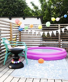 i like this idea for child containment, pet contaiment, and privacy while allowing light circulation. possible on a budget even (i think) Pink Summer, Summer Fun, Summer Time, Blow Up Pool, Kid Pool, Baby Pool, Summer Memories, Backyard Landscaping, Backyard Ideas