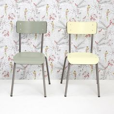 Wallpaper and chairs by Les Gambettes, available now at Smallable.com