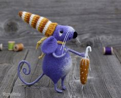 Naald vilten muis - paarse muis - de Gift van de verjaardag - Fiber art - muis…