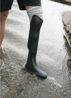 That is exactly why are very impressed with a new product developed by the California-based start-up Standard Cyborg: the printed waterproof duplicate leg prosthetic.
