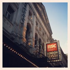 This week we saw the Royal Shakespeare Company's Julius Caesar at the Noel Coward Theatre, part of the World Shakespeare Festival and the London 2012 Festival. Gripping!