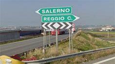 Autostrada del Mediterraneo: ogni viaggio una scoperta. Solo per chi ha fortuna - Ancora disagi, ancora vittime e inaugurazioni che hanno tutto il sapore di una presa in giro, e tutto questo ancora, purtroppo, sull'autostrada Salerno-Reggio Calabria  - http://www.ilcirotano.it/2017/06/27/autostrada-del-mediterraneo-ogni-viaggio-una-scoperta-solo-per-chi-ha-fortuna/