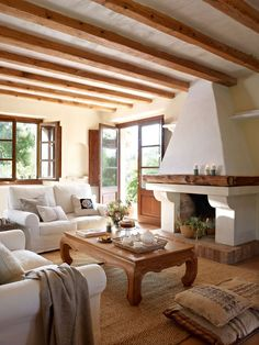 Spanish Style Homes Interior Living Rooms Exposed Beams Features - onlyhomely Home Living Room, Living Room Designs, Spanish Style Homes, Home Fashion, Country Decor, Interior Inspiration, New Homes, Interior Design, House Styles