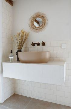 Boho Bathroom, Master Bathroom, Bathroom Inspiration, Home Decor Inspiration, Bathroom Plans, Roomspiration, Minimalist Decor, Beautiful Bathrooms, New Homes