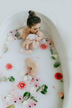 Boy milk bath pictures 54 ideas for 2020 Newborn Pictures, Maternity Pictures, Pregnancy Photos, Milk Bath Photos, Bath Pictures, Milk Bath Photography, Newborn Photography, Breastfeeding Photography, Breastfeeding Photos