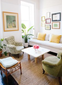 I love this clean, cozy, colorful, living room! Olivia Seely Fort Greene Home // cup of jo