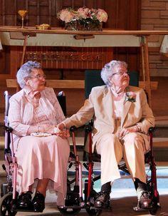 Il n'y a pas d'âge pour se marier.  http://www.elle.fr/Love-Sexe/News/Apres-72-ans-de-vie-commune-elles-se-disent-enfin-oui-2769822