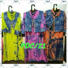 Tie n die kurti wid detachable shrug. Contact 9571879133 for price n order