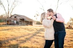 Barn engagement session | Fall engagement session | Valdosta, Georgia wedding photographer | Captured by Colson Photography
