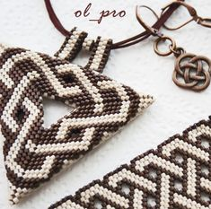 peyote celtic knot triangle & bracelet -
