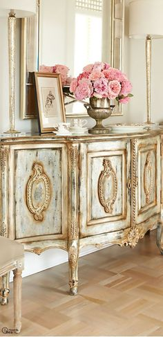Adding That Perfect Gray Shabby Chic Furniture To Complete Your Interior Look from Shabby Chic Home interiors. French Furniture, Shabby Chic Furniture, Painted Furniture, Bedroom Furniture, Gold Leaf Furniture, Furniture Design, Mirrored Furniture, Country Furniture, Furniture Vintage