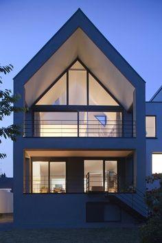 Umbau Bochum eines Einfamilienhaus. Malerarbeiten wurden von uns durchgeführt.