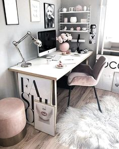 Chic and Cozy Home Office Space Ideas! - Chic and Cozy Home Office Space Ideas! Cozy Home Office, Home Office Space, Home Office Decor, Home Decor, Home Office Bedroom, At Home Office Ideas, Small Office Decor, Office Spaces, Business Office Decor