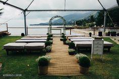 Casamento na Ilhabela | Thaia + Thiago | Vestida de Noiva | Blog de Casamento por Fernanda Floret  http://vestidadenoiva.com/casamento-na-ilhabela-thaia-thiago/