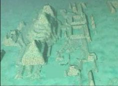 Atlantis Discovered in the Bermuda Triangle: The Sunken City Features Giant Pyramids and Sphinxes - Humans Are Free Ancient Aliens, Ancient History, Atlantis, Ufo, Sunken City, Underwater City, Bottom Of The Ocean, Unexplained Mysteries, Space And Astronomy