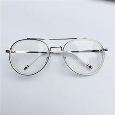 今年は、ちょっと派手なメガネ ふちあり 透明アイテムが気分 - cureco beta