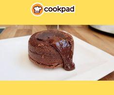 #κέικ #σοκολάτα #γλυκό #συνταγές #recipes #chocolate #lava #cake Lava, Cookies, Chocolate, Desserts, Food, Tailgate Desserts, Biscuits, Deserts, Schokolade