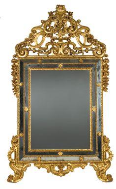 Specchiera in legno intagliato e dorato, Piemonte XVIII secolo