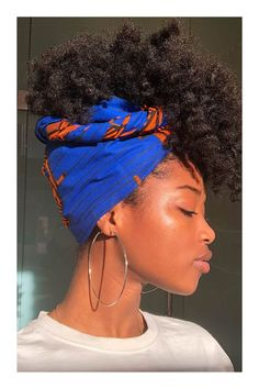 30 Gorgeous Bandana Hairstyles for Cool Girls!Looking to add another tool to your hair arsenal? Bandana may not seem like it, but it's a versatile accessory t Bandana Hairstyles, Black Girls Hairstyles, Afro Hairstyles, Gorgeous Hairstyles, Protective Hairstyles, Natural Hair Care, Natural Hair Styles, Headwraps For Natural Hair, Natural Shampoo