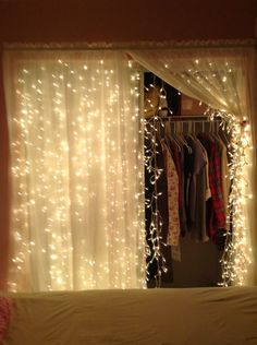 Room Decoration Ideas For Teens My latest find on Trusper will literally blow you away. Cute Room Decor, Teen Room Decor, Room Ideas Bedroom, Bedroom Decor, Room Lights Decor, Diy Room Decor For Teens, Canopy Bedroom, Bedroom Lighting, Aesthetic Room Decor