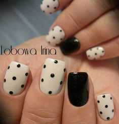 manicura-accent-nails-lunares – Beauty & Seem Beautiful Best Nail Art Designs, Beautiful Nail Designs, Gel Nail Designs, Nails Design, Cute Easy Nail Designs, Diy Nails, Cute Nails, Glam Nails, Stiletto Nails