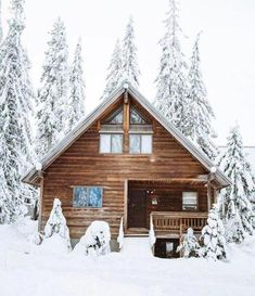 The Best Aspects of Log Cabin Kits - Modern Survival Living Log Cabin Kits, Log Cabin Homes, Log Cabins, Mountain Cabins, Winter Cabin, Cozy Cabin, Cabin In The Woods, Cabins And Cottages, Architecture Design