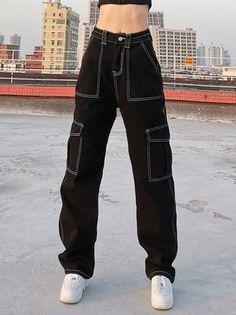 Casual Shift Pockets Denim Pants Swaggy Outfits, Baddie Outfits Casual, Cute Casual Outfits, Vest Outfits, Jeans Cargo, Denim Pants, Mode Streetwear, Streetwear Fashion, Tomboy Fashion