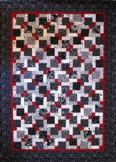 Disappearing Nine Patch Quilt Pattern Crochet, Carving, Patterns. Disappearing Nine Patch Quilt Pattern Nine Patch Quilt, Easy Quilt Patterns, Patchwork Patterns, Colchas Quilting, Quilt Inspiration, Black And White Quilts, Black White, Disappearing 9 Patch, Easy Quilts