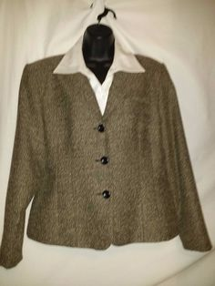 Tailor B Moss Company Polyester Blend Beige and Black Jacket Size 14 #TailorBMossCompany #Jacket