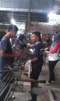 Colom & food plat produkttion in eork shop