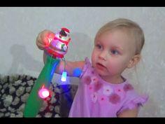 Игрушка для детей вертушка мигает и крутится Children's toy pinwheel is ...