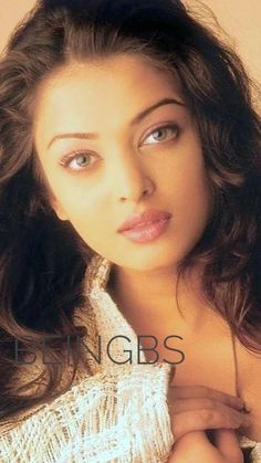 Aishwarya Rai Young, Actress Aishwarya Rai, Aishwarya Rai Bachchan, Bollywood Actress, Bollywood Girls, Bollywood Celebrities, Bollywood Stars, Aishwarya Rai Without Makeup, Girls Frock Design