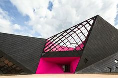 Centro socio-culturale di Mulhouse by Paul Le Quernec Agence (France) #architecture