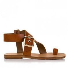Sante σανδάλια δέρμα ταμπάαπό γνήσιο δέρμα flat. Ένα κλασσικό ζευγάρι σανδάλια που κάνουν τη διαφορά στη λεπτομέρεια τους,καθώς κουμπώνει... Shoes, Fashion, Moda, Zapatos, Shoes Outlet, La Mode, Fasion, Footwear, Shoe