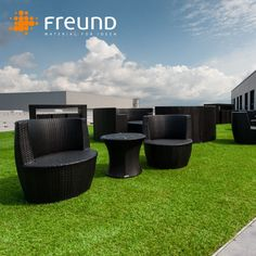 🌞🌞🌞 Summer is ahead, rooftoop and terrace season is starting soon! Do you know our artificial turf product? Get in touch for more detailed information. (image: Andreas Schwarz) . . #freundgmbh #green #rooftop #outdoor #terrace #artificialturf #thegrassisgreenerontheotherside #ormaybenot #customdesign #inspiration #interiordesign  #happy #weekend #elements