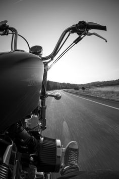 Harley in motion. my dream/goal is to one day own my own motorcycle.it will happen: Rockers, Bike Photoshoot, Motorcycle Photography, Easy Rider, Harley Davidson Sportster, Biker Chick, Bike Life, Custom Bikes, Motorbikes