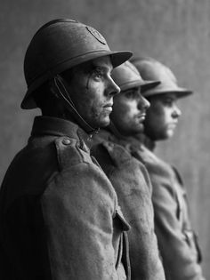 War Photography, Documentary Photography, Artistic Photography, Photographs Of People, Vintage Photographs, Flanders Field, Black And White Portraits, Photo Black, People Of The World