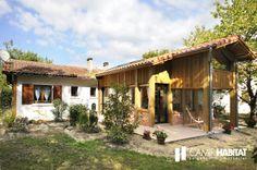 Extension de maison en bois dans les Landes. http://www.camif-habitat.fr/projet-immobilier/travaux-creer-extention-bois.php