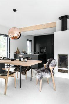 ATELIER RUE VERTE , le blog: Helsinki / Du noir et du liège pour une cuisine chic /