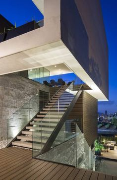 Casa MT: Pasillo, hall y escaleras de estilo por GLR Arquitectos