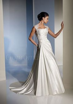 wedding dresses with sleeves. Love the elegance