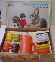 TUPPERWAREMini-serve-it / children's serving Set (foto internet):