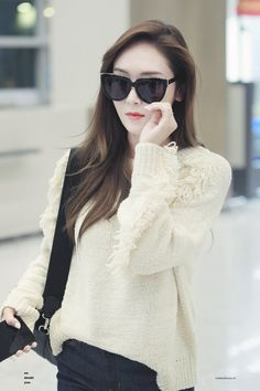 Jessica❤️ Jessica & Krystal, Krystal Jung, Girls Generation Jessica, Yuri, Jessica Jung Fashion, Korean Beauty Girls, Instyle Magazine, Cosmopolitan Magazine, Airport Style
