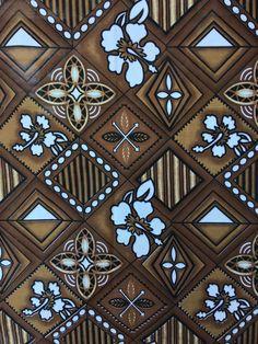 très beau tissu tapa polynésien à motifs maori bleu et vert d'eau