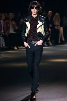 212725c56ee See the complete Saint Laurent Fall 2016 Menswear collection.