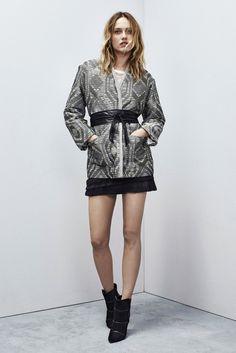 Iro Fall 2015 Ready-to-Wear Fashion Show