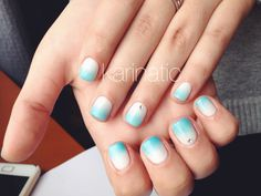 Shellac cnd white & blue gradient