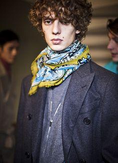 5d5341eabe _HomePage_USA_November_en. Style HommeVêtements HommeFoulardAutomne ...