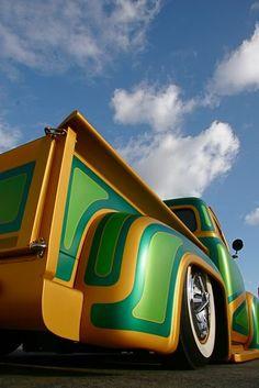 custom paint pickup truck