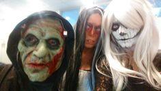 Tobi, Mel und Ines an Halloween in der SEO Küche Halloween Face Makeup